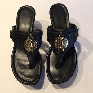 Guess Black Wedge Thong Sandals Sz 6 1/2 M